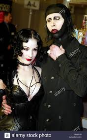 marilyn manson halloween mar 12 2002 marilyn manson dita von teese premiere resident