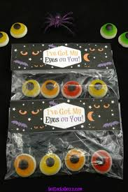 halloween treat bag toppers free printable i u0027ve got my eyes on you