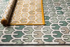 amd 1078 green cream printed tulip surya rug