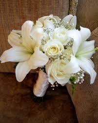 simple wedding bouquets simple wedding flowers