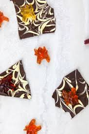 easy 3 ingredient vegan chocolate bark halloween style