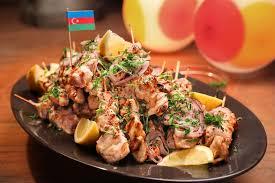 cuisine azerbaidjan toyug kebabs azeri sour chicken skewers recipe chicken skewers