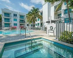 cosmopolitan south beach condo for sale and rent deco