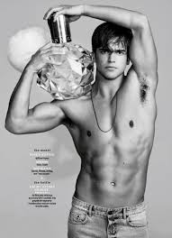 cosmopolitan bottle models bottles river viiperi tyson beckford more star in