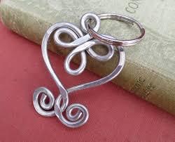 ketchup keychain celtic heart aluminum key chain key fob wire heart keychain