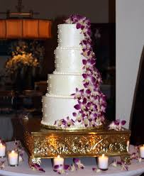 rock star pastries purple orchid u0026 swiss dot buttercream wedding