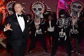 James Bond Halloween Costume Daniel Craig Star Bond Film Replaced
