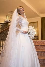 Elegant Wedding Gowns Scalloped Edge Lace Elegant Wedding Dresses 2017 Long Sleeve Court