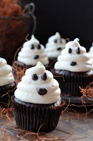 Halloween Chocolate Cake Recipe Halloween Ghosts On Carrot Cake Recipe U2014fast And Easy Cupcakes