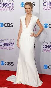 the people u0027s choice awards 2013 taylor swift gets kanye d by
