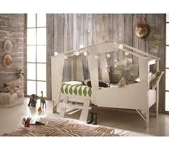 chambre cabane enfant lit 90 x 200 cm cabane beige lits but