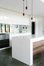 cuisine moderne blanche et cuisine blanc et bois fabulous cuisine blanc et bois with cuisine