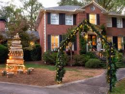 traditional outdoor design with beautiful diy christmas front yard