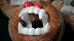 the simplest scary halloween doughnut treats video