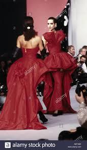 fashion models 1990s stock photos u0026 fashion models 1990s stock