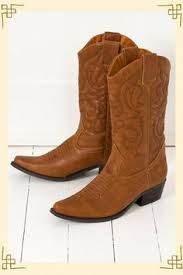 Boot Barn Santa Maria Gwyneth Paltrow Killing It Country Strong Pinterest Country
