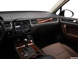 volkswagen touareg interior a buyer u0027s guide to the 2012 volkswagen touareg yourmechanic advice