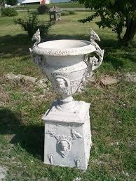 phoenix aluminum urn flower on base 42