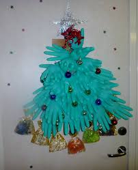 100 office cubicle christmas decorating ideas best 25