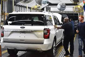 suv ford expedition 2018 ford expedition starts production at kentucky truck plant