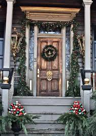 decorating front porch with christmas lights 25 amazing christmas front porch decorating ideas instaloverz