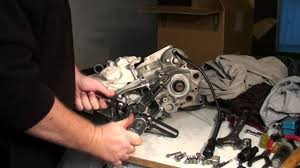 dirt bike bottom end rebuild splitting the cases youtube