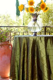 How To Make A Fitted Tablecloth For A Rectangular Table Pintuck Tablecloths Premier Table Linens