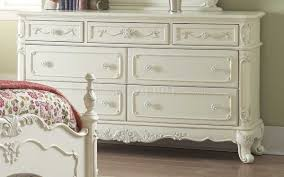 bedroom 1386 in off white by homelegance w options