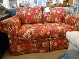 floral sofa broyhill floral sofa