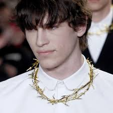 crown of thorns necklace givenchy crown of thorns necklace on the hunt