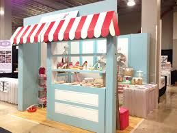 Soflo Cake U0026 Candy Expo Shoe Bakery Booth Cardboard Vintage Style In Miami