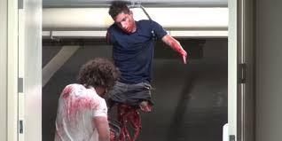 spirit halloween chainsaw chainsaw massacre u0027 prank slays huge youtube audience chainsaw