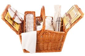 picnic basket set for 2 4 person luxury picnic the dorset from amberley hers