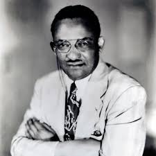 Picture Of Black And White by This Black Doctor Faced Down An Angry White Mob Storming His House