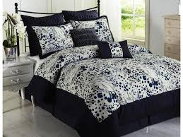 Minnie Mouse Bedding Canada by Bedroom Queen Size Comforter Sets To Give Your Bedroom Feel