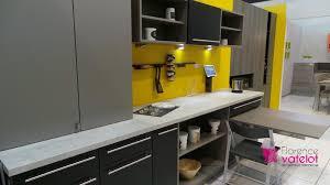 cuisine noir et jaune décoration cuisine jaune et noir 98 besancon voilage cuisine