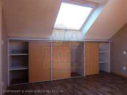 comment faire un placard dans une chambre offrez vous le placard de vos rêves dans vos combles