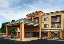 Comfort Inn Maumee Perrysburg Area The 10 Closest Hotels To Levis Commons Perrysburg Tripadvisor