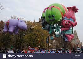 macys thanksgiving day parade streaming new york ny usa 24th nov 2016 trolls balloon in attendance