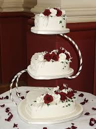 wedding cakes designs 13 perfectly sweet heart shaped wedding cakes topweddingsites