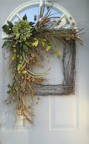 Decorate Christmas Grapevine Wreaths by Best 25 Picture Frame Wreath Ideas On Pinterest Picture Frame