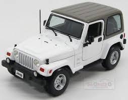 white jeep sahara 2 door jeep wrangler sahara hard top 2 door 2012 white grey maisto 1 18