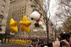thanksgiving parade floats balloon pictures photos