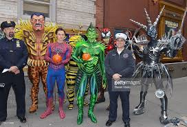 reeve carney as spiderman robert cuccioli as green goblin and the picture id154770688