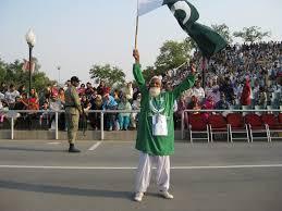 Pakistane Flag Pakistani Flag Bearer India Pakistan Border Ceremony At Wagah