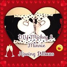 diy mickey u0026 minnie kissing pillows room decor youtube