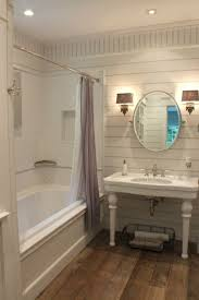 love this sweet farmhouse bathroom gorgeous old fashioned sink