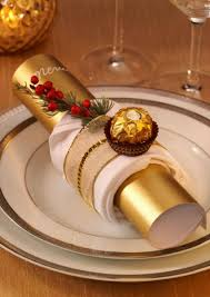 chic and eye catching christmas table decor step by step homeyou