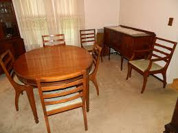 Closet Chairs Contents Of Dining Room Including Dining Room Table 6 Chairs 2