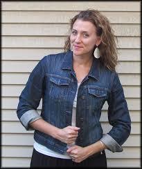 five ways to style denim jacket sleeves modlychic